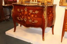 marbeled county french chest | ... Country Antiques | Peter Jaensch - Antique French Furniture and French
