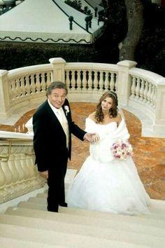 Gott Karel, Film, Wedding Dresses, Celebrities, Stars, Movie, Bride Gowns, Celebs, Movies