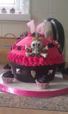 16th giant cupcake