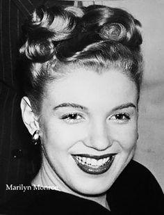 Décembre 1945 Frank and Joseph - Divine Marilyn Monroe