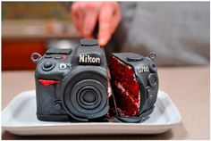 36 Awesome Geeky Gadget Cakes | MindJunker - Viral Stuff For ...