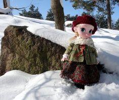 Elsa and her Scandinavian outfit in a Scandinavian scene. My Instagram photo.