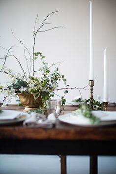 a warm stew, crusty breads, red wine. it was a lovely evening shared and  recipes will be coming throughout the week. Thank you to our partners and  friends:  Farm: Good Eggs NY Chefs: Ali + Echo Meat: Sun Fed Beef Flower: BRRCH  Flowers Menu + Tags: Simplesong Design Styling + Photography: Kar