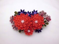 Hey, I found this really awesome Etsy listing at https://www.etsy.com/listing/215814900/tsumami-kanzashi-bridal-hair-comb