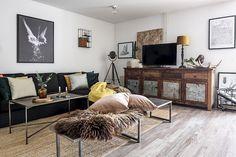 Ένα ιστολόγιο σχετικά με θέματα διακόσμησης και τέχνης Scandinavian Interior, Scandinavian Style, Living Spaces, Living Room, Entryway, Photo Wall, Interior Design, Furniture, Gallery Walls