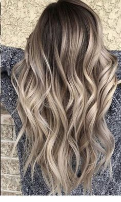 25 Most Exclusive Fall Hair Color For Blondes Caramel: Only For You If you follo., 25 Most Exclusive Fall Hair Color For Blondes Caramel: Only For You If you follo. Brown Blonde Hair, Platinum Blonde Hair, Brunette Hair, Fall Blonde, Short Blonde, Hair Color Balayage, Hair Highlights, Blonde Balayage Long Hair, Bayalage