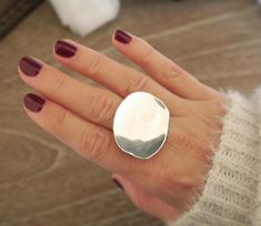 Large statement Ring It is made of sterling silver 925 as most of my rings.The band is wide and thick. The Disc is thick. It is handmade so each one is unique and its made especially for you. Brass Jewelry, Jewelry Rings, Jewellery, Diy Schmuck, Pandora Jewelry, Sterling Silver Rings, Chunky Silver Rings, Silver Earrings, Silver Bracelets