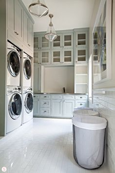 Whether your tastes are modern, traditional, or somewhere in between, there's a laundry room here that's sure to inspire you.