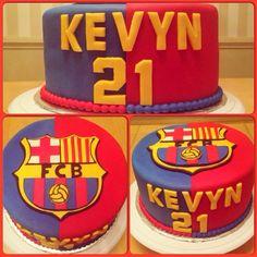 Soccer Birthday Cakes, Soccer Cake, Football Birthday, Soccer Party, Barcelona Cake, Barcelona Party, Cupcakes, Cupcake Cakes, Football Themed Cakes