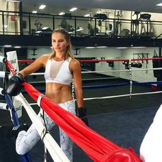 NEW TO STYLERUNNER ❤️ Get fighting fit with training accessories by professional boxer @lauryneagle (exclusive to Stylerunner!)  Head to our website to shop now #stylerunner #stylesquad