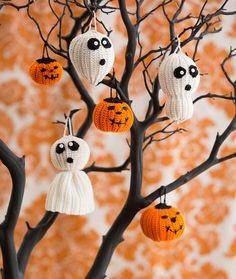 Halloween Tree of Spookiness Free Crochet Pattern in Aunt Lydia's Crochet Thread
