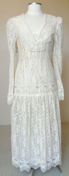 Vintage Ivory Sheer Lace Flapper Dress circa 1920s. by PassionFlowerVintage