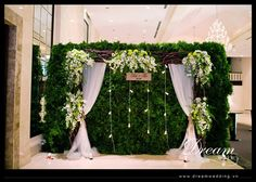 Prom Decor, Wedding Decorations On A Budget, Backdrop Decorations, Backdrops, Wedding Backdrop Design, Wedding Reception Backdrop, Rustic Backdrop, Enchanted Forest Centerpieces, Engagement Stage Decoration