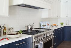 The 10 Best Kitchens for Entertaining - Slideshow | Home + Garden | PureWow National