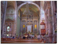 Interior de la catedral de Queretao, Qro. México