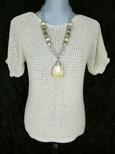 MaxMara Weekend S Top Off White Ivory  Sweater Short Sleeve Cotton Knit Shirt #MaxMara #KnitTop #Casual #KnitTopl#Crewneck#sweater#weekend#fashion#pullover#adorable#everyday#style#trend#summer#sale#deal#maxmaraforsale #dressitup#maxmarastyle #resale#adorable#socute