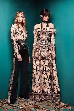 Zuhair Murad Fall 2018 Ready-to-Wear collection, runway looks, beauty, models, and reviews.