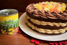 Tort cu cremă de cafea și fructe tropicale Birthday Cake, Tropical, Ice Cream, Desserts, Food, Passion, Sweet Treats, Deserts, Pie