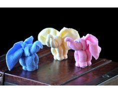 Easy Elephants Washcloth Baby Shower Favor.  Leave a comment to pin on the board for a chance to win prize basket.