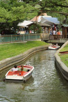 Knoebels Amusement Resort by Susquehanna River Valley Knoebels Amusement Park, Carousel Museum, Dorney Park, Places Ive Been, Places To Go, Best Amusement Parks, Susquehanna River, Hershey Park, Lancaster County