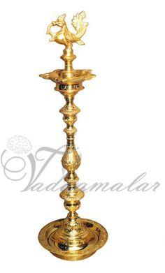 Annam Vizlaku / Peacock Diya  http://www.thugil.com/peacock-brass-diya.html