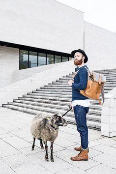 Rucksack aus FeelFelt Leder Rucksack Wolle Reisen von FeelFeltLt
