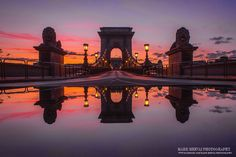 Budapest Chain Bridge at dawn. Places In Europe, Beautiful Places In The World, Budapest Hungary, Most Visited, Tower Bridge, Croatia, Marvel, Tours, Adventure