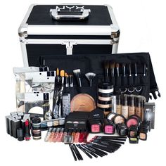I plan on having a professional makeup artist kit. In order to be a professional makeup artist, you need to have a kit to use on your clients. Makeup Artist Starter Kit, Makeup Artist Kit, Hair And Makeup Artist, Makeup Artists, Eye Makeup, Makeup Brushes, Beauty Makeup, Hair Makeup, Chanel Beauty