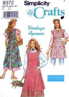 Retro Style Aprons Sewing Pattern Sizes S-XL Simplicity 8372 UNCUT Pattern is for one long and one short apron. Envelope has wear and small tears. Vintage Apron Pattern, Aprons Vintage, Vintage Sewing Patterns, Retro Apron Patterns, Retro Mode, Cute Aprons, Sewing Aprons, Fabric Sewing, Bib Apron