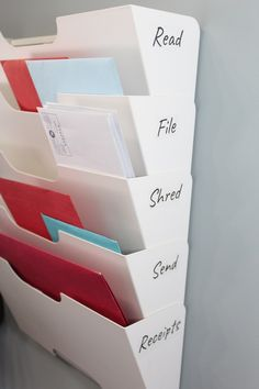 Cheap IKEA Organization Hacks for your home, from paper clutter to in the kitche. - Ikea DIY - The best IKEA hacks all in one place Organisation Hacks, Small Office Organization, Do It Yourself Organization, Organizing Hacks, Home Office Organization, Office Decor, Work Cubicle Decor, Ikea Office Hack, Office Hacks