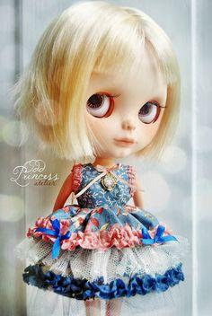 BUTTERFLY PRINCESS Victorian Blythe Dress By Odd by oddprincess