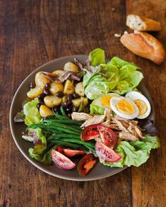 Salade Nicoise | Recipe Roundup: Leftover Easter Eggs