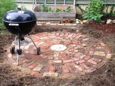 A (Few) Photo(s) A (To)Day: We Make Things. Small Patio DesignBrick ...
