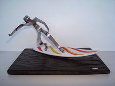 Surfista feito com garfo.  Visite o meu BLOG: saulrogerioartesanato.blogspot.pt
