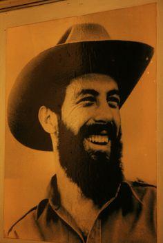 Explore dianaustral photos on Flickr. dianaustral has uploaded 813 photos to Flickr. Cienfuegos, Che Guevara, Fidel Castro, Revolutionaries, Pop Art, Bohemian, Explore, History, Latin America