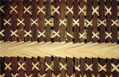 At the moment I'm interested in basing the concept of the underlying typeface on the tukutuku framework or panels. tukutuku panels are important features of wharenui holding important storytelling in. Willow Weaving, Basket Weaving, Maori Patterns, Maori Designs, Bamboo Art, Fabric Embellishment, Maori Art, Kiwiana, Wooden Slats