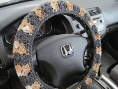 Crochet Steering Wheel Cover - dark grey/topaz/mixed