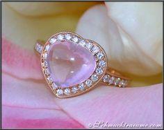 DREAM-LIKE ROSE QUARTZ DIAMOND RING, 3,88 cts., RG-18K -- Find out: schmucktraeume.com - Visit us on FB: https://www.facebook.com/pages/Noble-Juwelen/150871984924926 - Any questions? Contact us: info@schmucktraeume.com