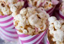 Deze nieuwe smaak popcorn van de HEMA maakt iedereen hysterisch! Popcorn, Snack Recipes, Snacks, Potato Salad, Ethnic Recipes, Fitness, Food, Snack Mix Recipes, Appetizer Recipes