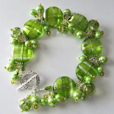 Handmade Beaded Jewelry And Lampwork Jewelry Designs - Pacificjewelrydesigns.com - Beaded bracelet Splash of Lime