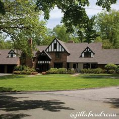 """Sold! Ready to close your next sale, too? Remember »» """"You don't close a sale, you open a relationship."""" –Patricia Fripp  #ReExpert #JillBoudreau #wellesley #wellesleylife #success #realestateexpert #luxuryrealestate"""