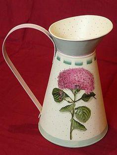 Bottles And Jars, Metallic Paint, Enamel, Rubrics, Painting Metal, Container, Crafts, Diy, Vintage