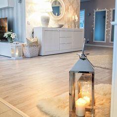 Realxing, smooth candle light makes me feel good. Kynttilän pehmeä valo tuo rauhallista tunnelmaa ja hyvää mieltä. Mikä muu asia tuo hyvää oloa minulle juuri nyt? Lue lisää uudesta postauksestani! www.pellavaajapastellia.fi. #newblogpost #uusiblogipostaus #interior #intetiordesign #home_decor #homeideas #homeinterior #home_and_living
