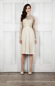 Catherine Deane Bridal 2015 Wedding Dresses For Modern Brides Looking For a Touch of Romantic Nostalgia_0054