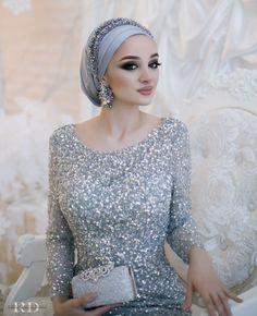 Многие заметили, что песня «Into the New World Turban Hijab, Mode Turban, Muslimah Wedding Dress, Muslim Wedding Dresses, Muslim Brides, Muslim Couples, Bridal Hijab, Hijab Bride, Muslim Fashion
