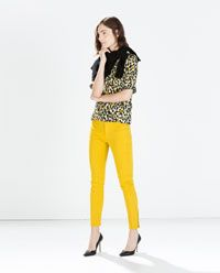 BIKER TROUSERS WITH ZIPS - urban yellow. zara.