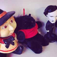 Looks like #Kingslayer found some good friends to hang out with in the #SunRoom!
