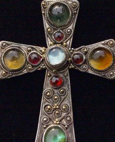 1000+ images about Crosses of the World on Pinterest | Gothic ...