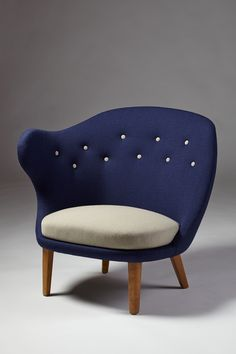 #PADParis 20th century decorative arts.  «Thumb chair » Arne Norell, Sweden, 1940's. Modernity Gallery.