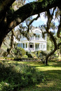 The William Seabrook House is a plantation located on Edisto Island, SC, the house was built in and is Federal style in architecture. Southern Mansions, Southern Plantations, Southern Homes, Southern Charm, Southern Belle, Southern Living, Seabrook House, Beautiful Homes, Beautiful Places